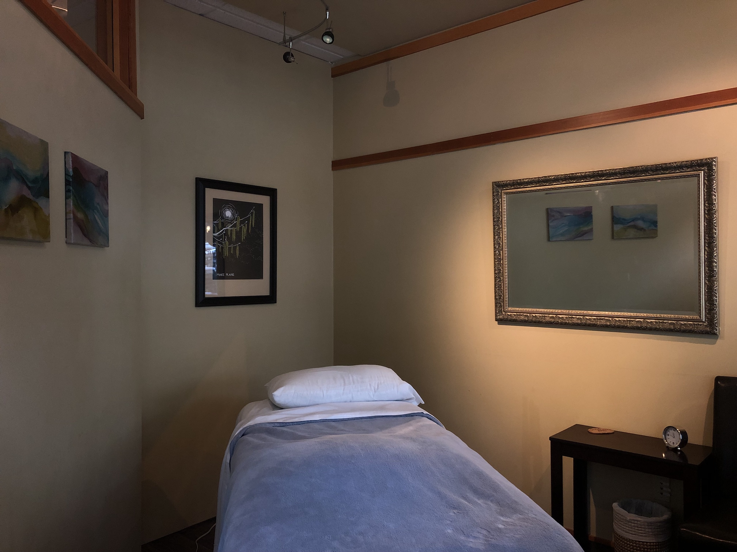 Long view of massage room with table